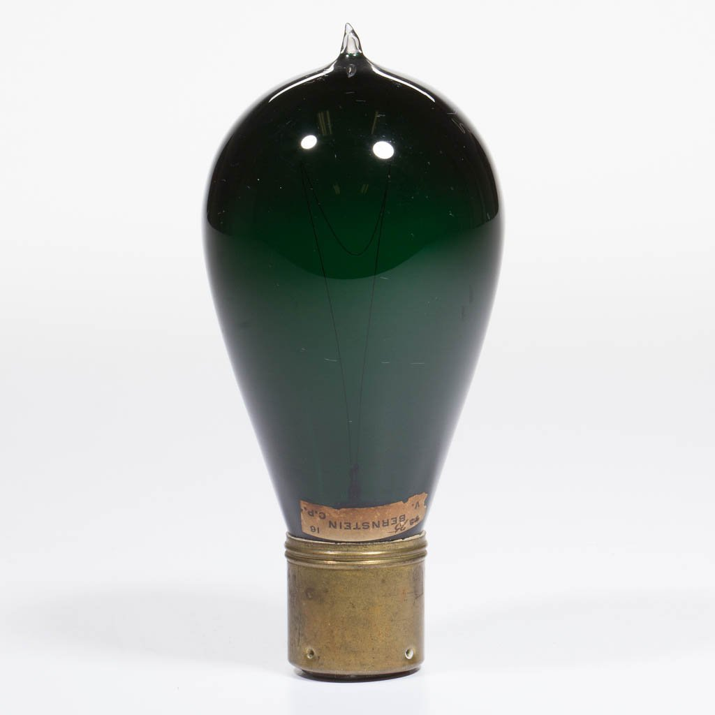BERNSTEIN ELECTRIC LIGHT MANUF. CO. COLORED LIGHT /