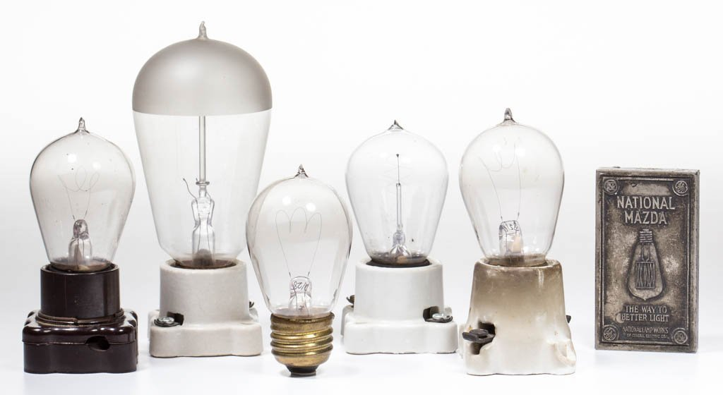 ASSORTED MANUFACTURERS LIGHT / LAMP BULBS AND RELATED,