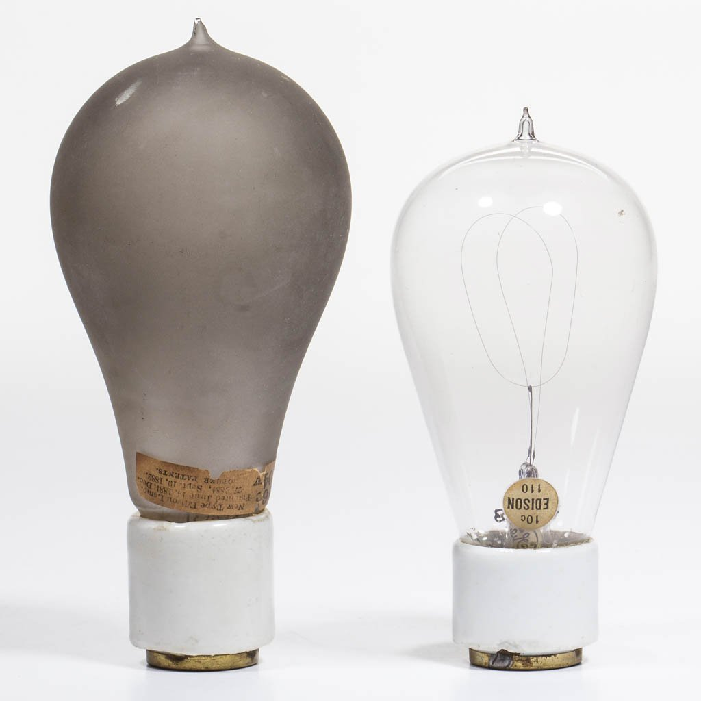 EDISON PORCELAIN BASE LIGHT / LAMP BULBS, LOT OF TWO