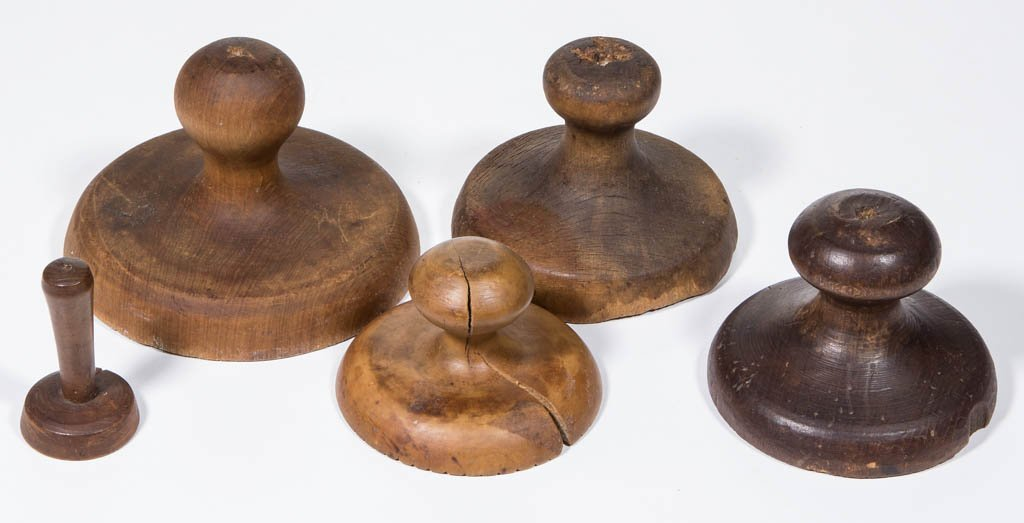 AMERICAN CARVED TREEN BUTTER PRINTS, LOT OF FIVE - 2