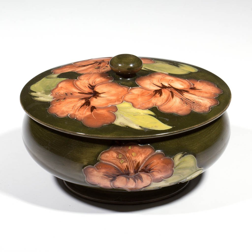 MOORCROFT ART POTTERY HIBISCUS COVERED JAR