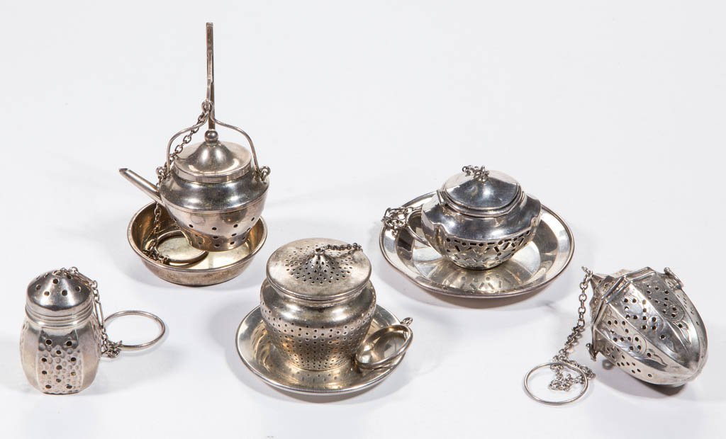 AMERICAN STERLING SILVER TEA BALLS, LOT OF FIVE