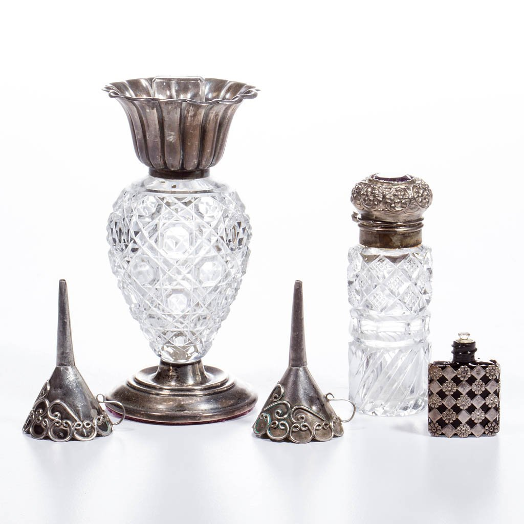 CUT GLASS SILVER-MOUNTED PERFUME / SCENT BOTTLES, LOT