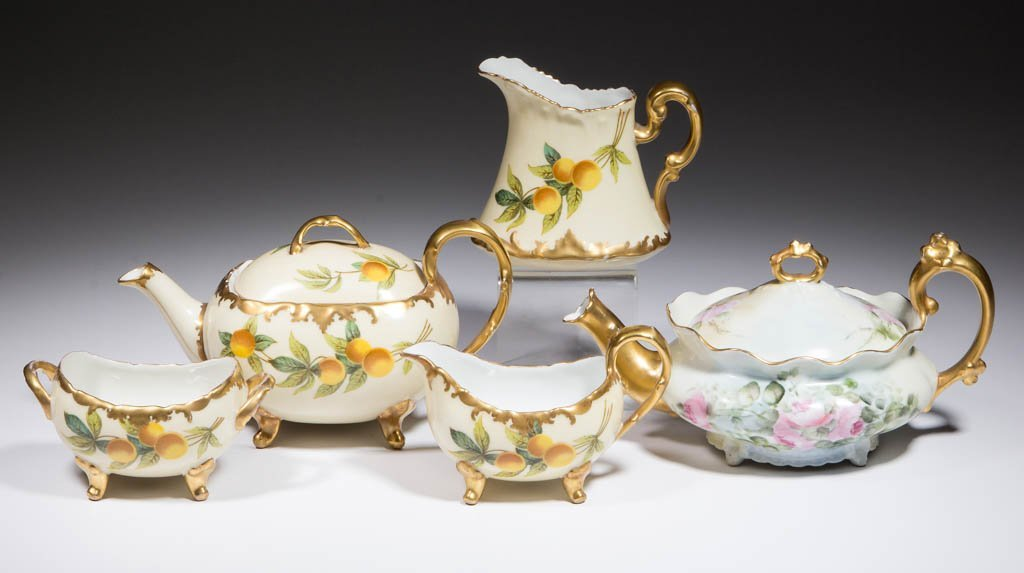FRENCH HAND-PAINTED LIMOGES CERAMIC TEA ARTICLES, LOT