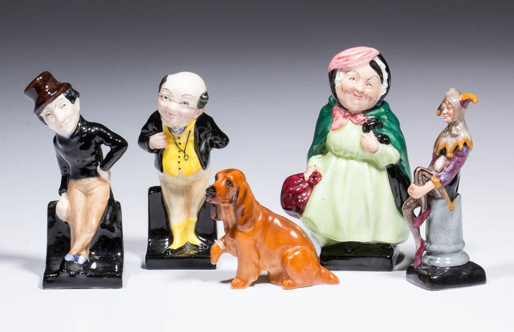 ENGLISH ROYAL DOULTON CERAMIC FIGURES, LOT OF 5