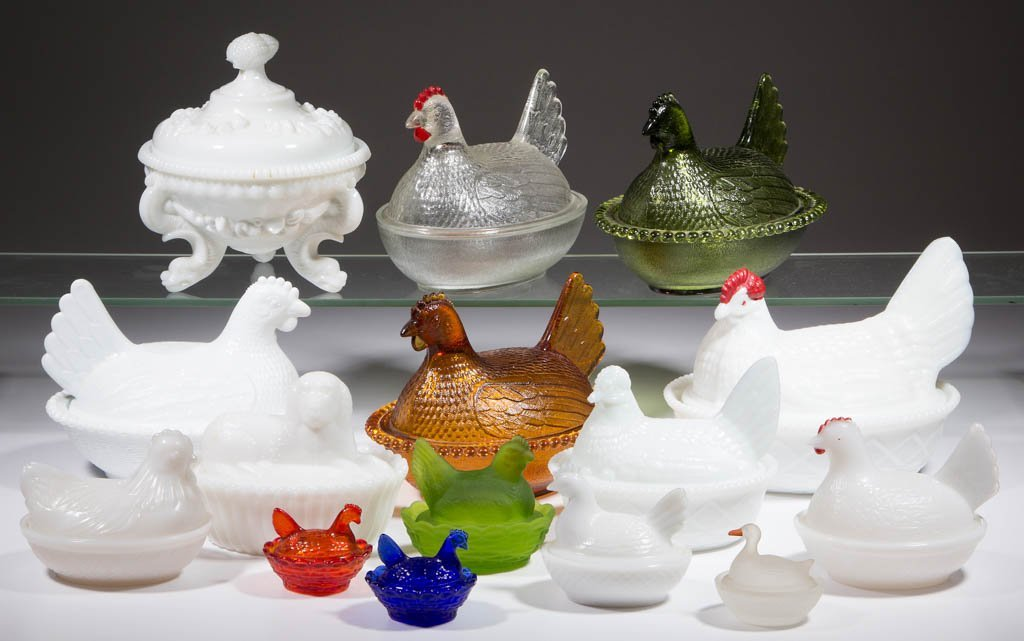 ASSORTED HEN ON NEST AND OTHER COVERED DISHES, LOT OF