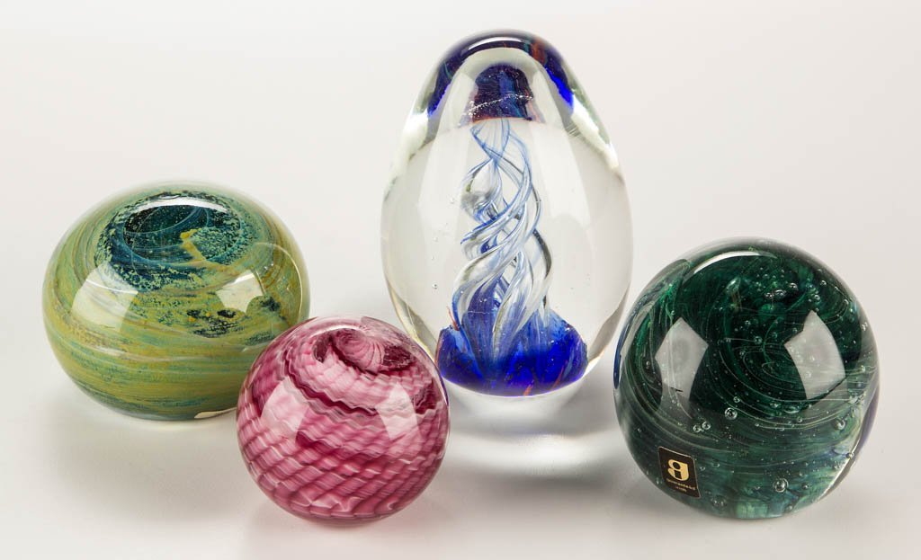 ASSORTED STUDIO ART GLASS PAPERWEIGHTS, LOT OF FOUR