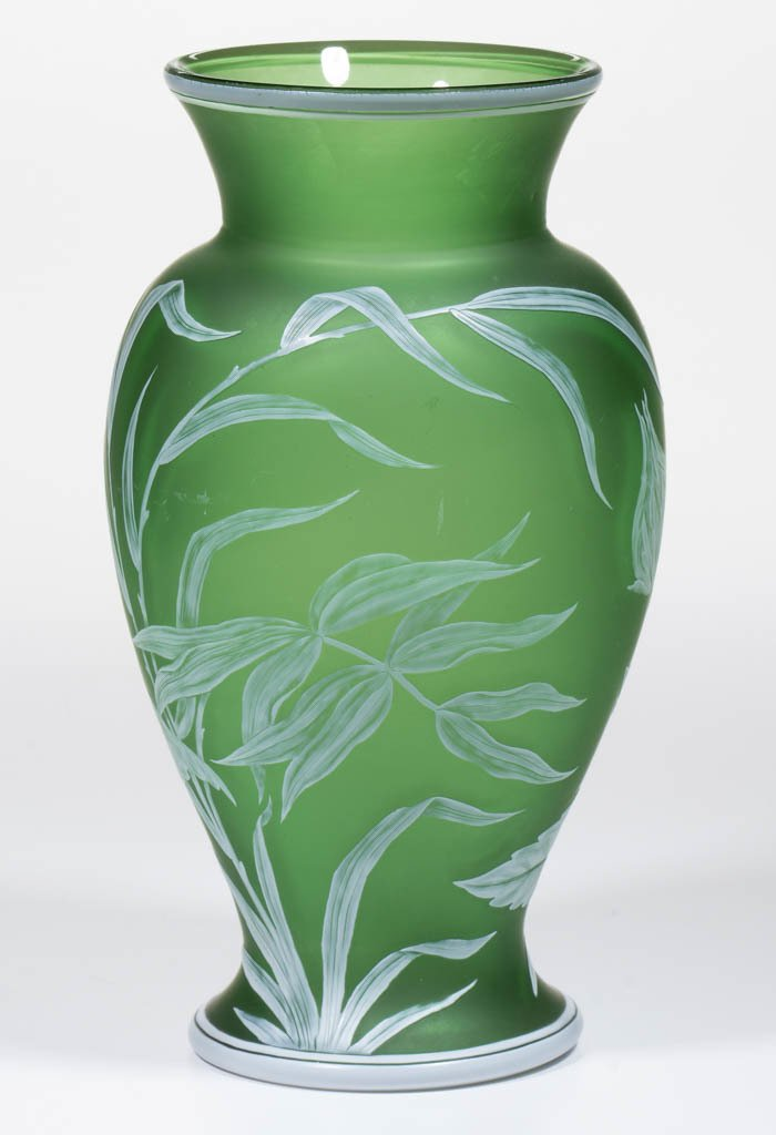 THOMAS WEBB CAMEO GLASS VASE - 3