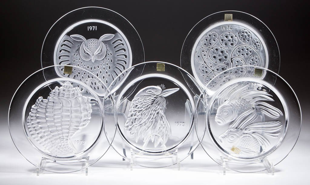 LALIQUE ART GLASS COLLECTOR'S PLATES, LOT OF FIVE