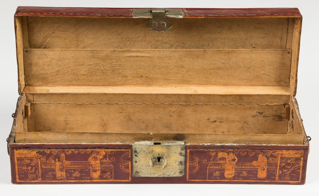 CHINESE LACQUER SCROLL BOX - 2