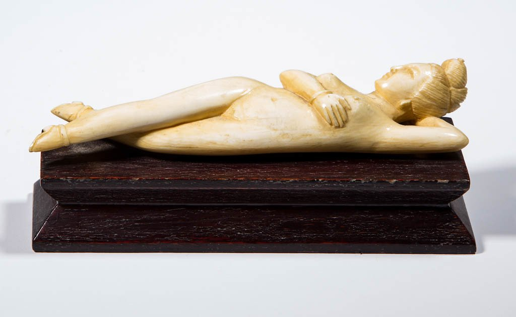 ASIAN CARVED EROTIC FIGURE