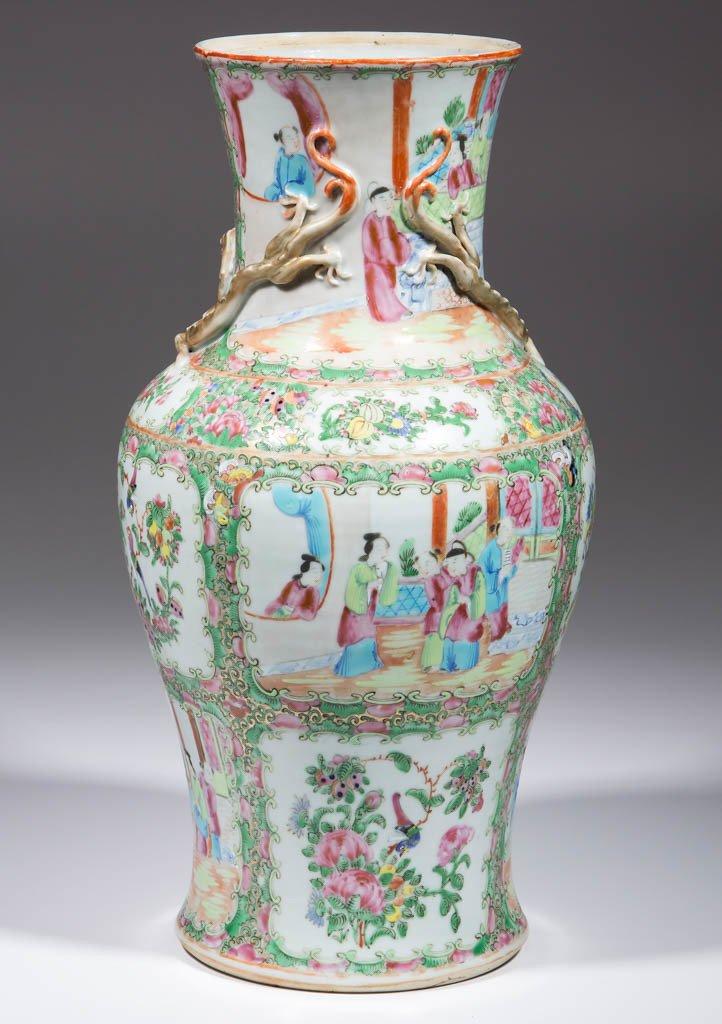 CHINESE FAMILLE ROSE / ROSE MEDALLION PORCELAIN LAMP - 3