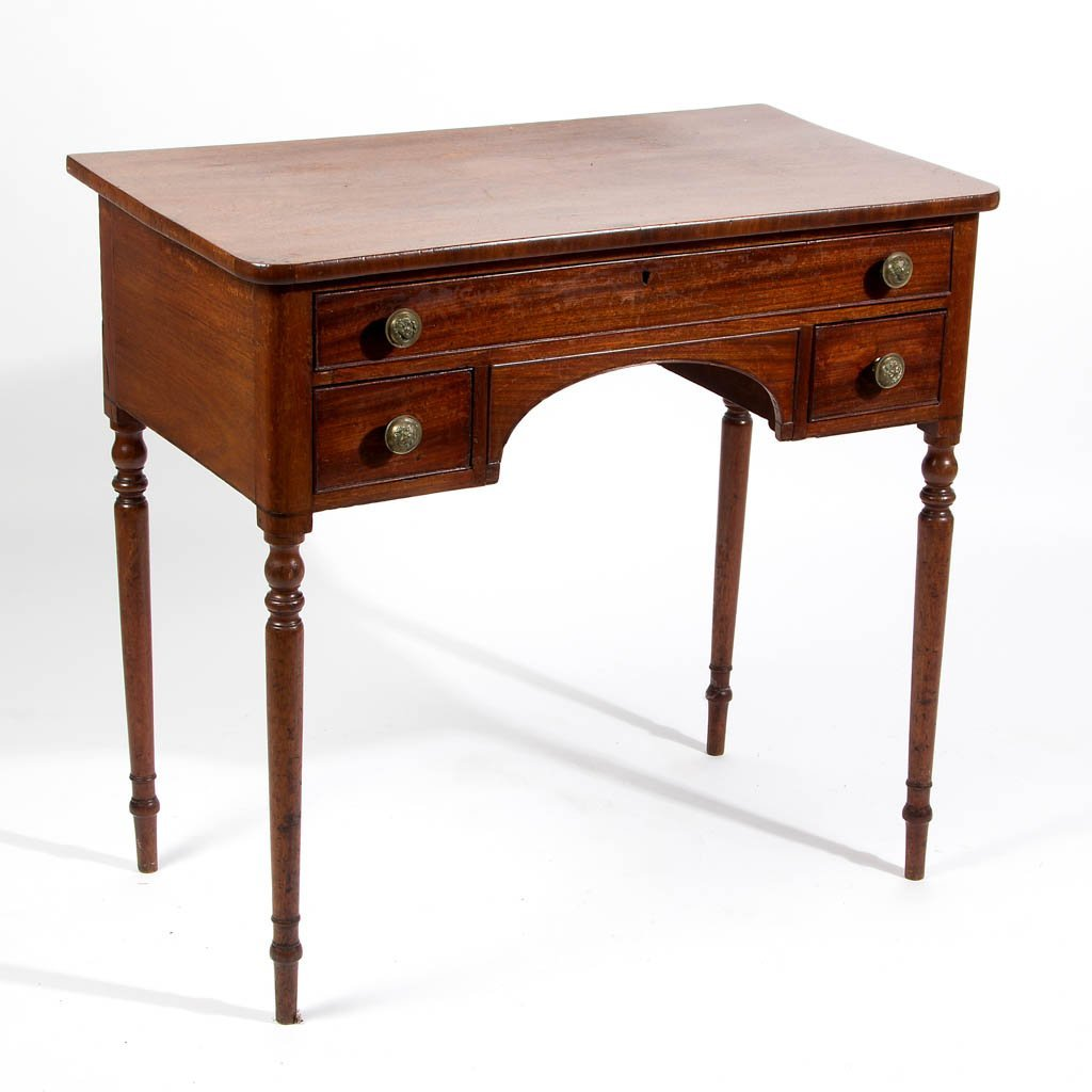 REGENCY MAHOGANY DRESSING TABLE