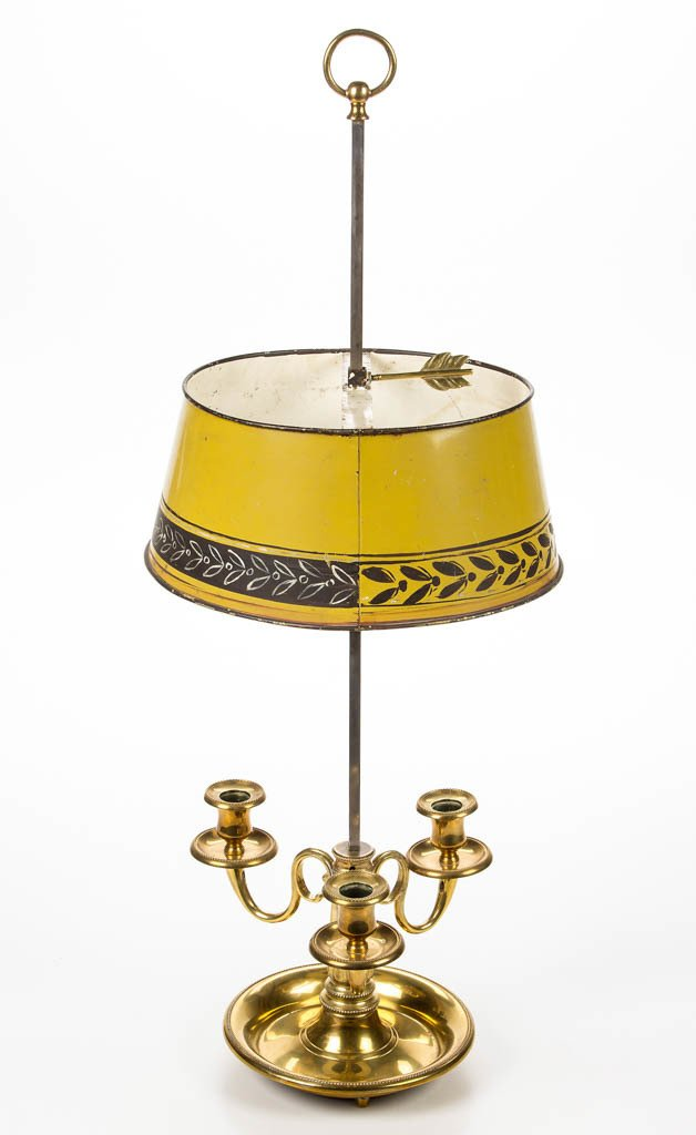 CONTINENTAL TOLEWARE BRASS AND TIN TABLE LAMP