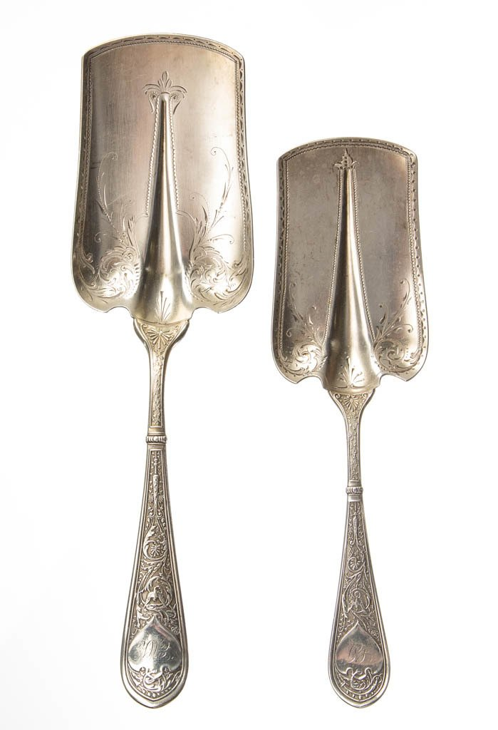 GORHAM STERLING SILVER SERVING ARTICLES, LOT OF TWO