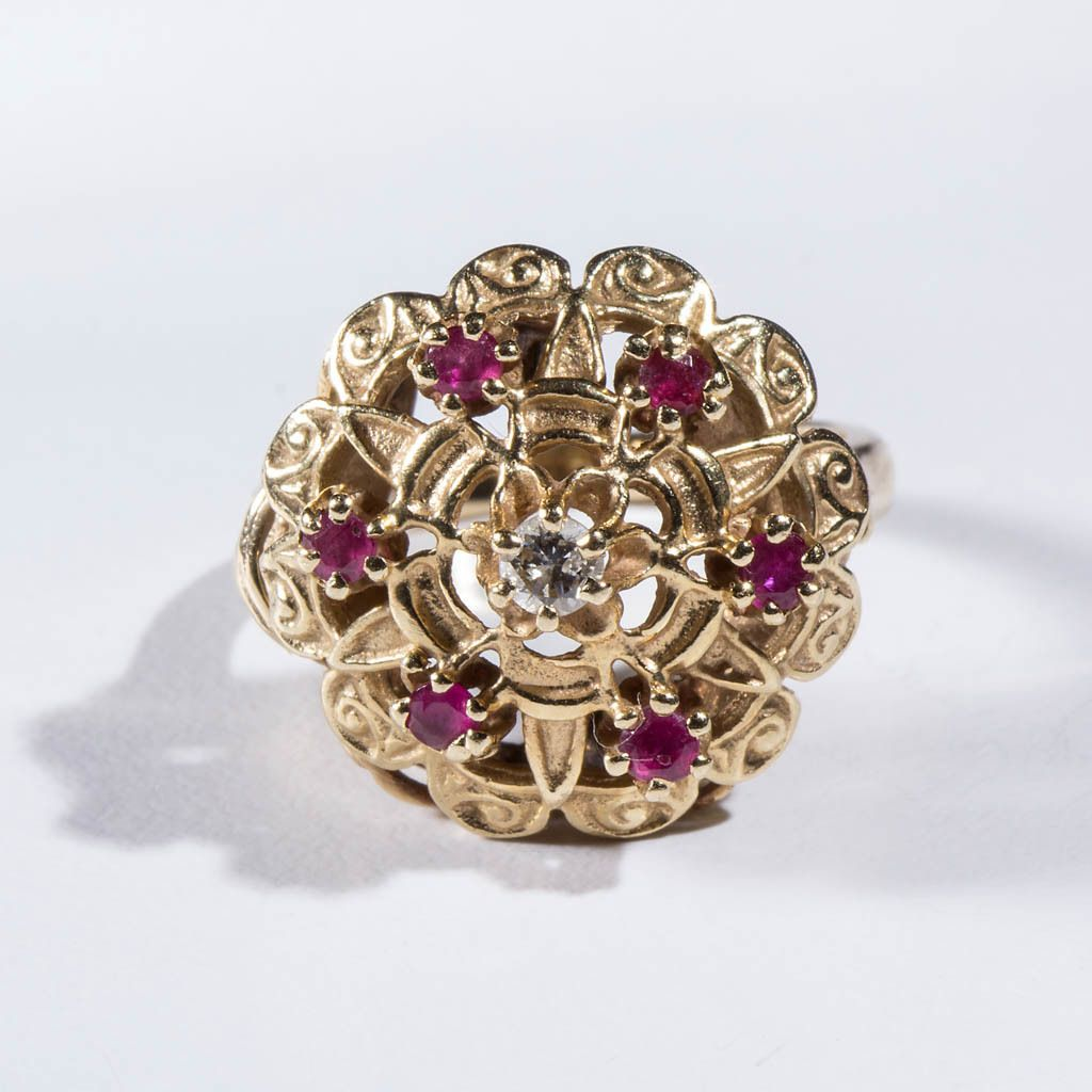 VINTAGE LADY'S 14K GOLD, DIAMOND, AND RUBY RING