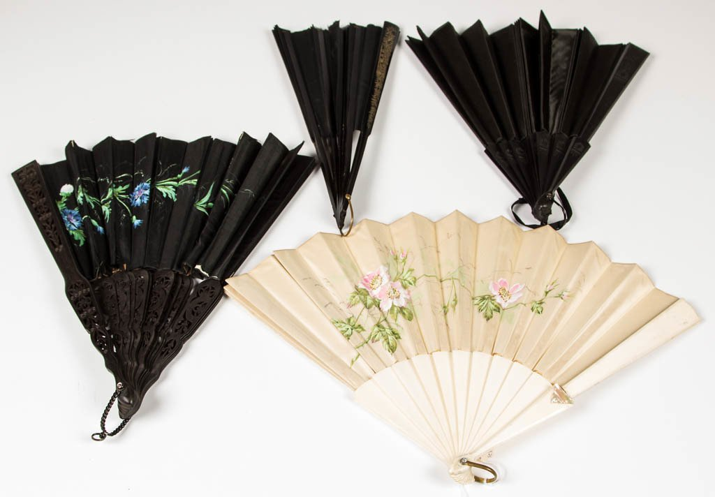 ASSORTED LADY'S FOLDING HAND FANS, LOT OF FOUR
