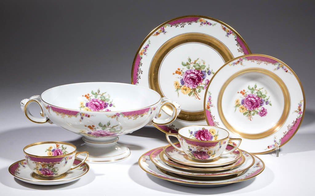 GERMAN ROSENTHAL QUEENS ROSE PORCELAIN TABLE ARTICLES,