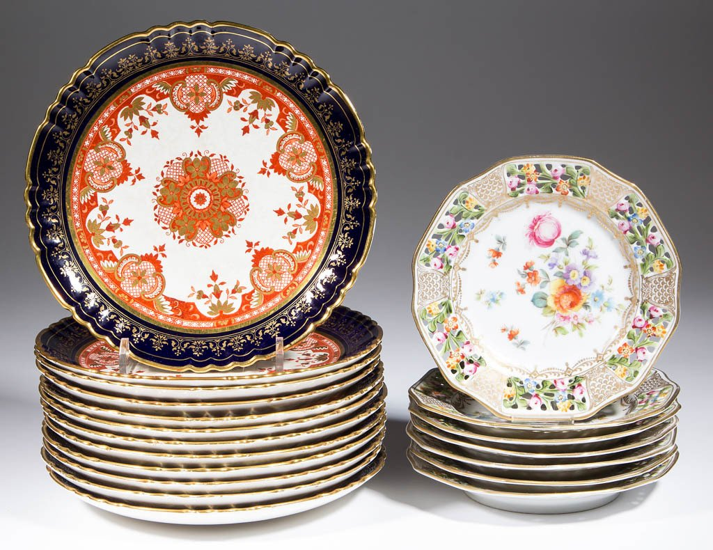 ASSORTED CERAMIC PLATES, LOT OF 19
