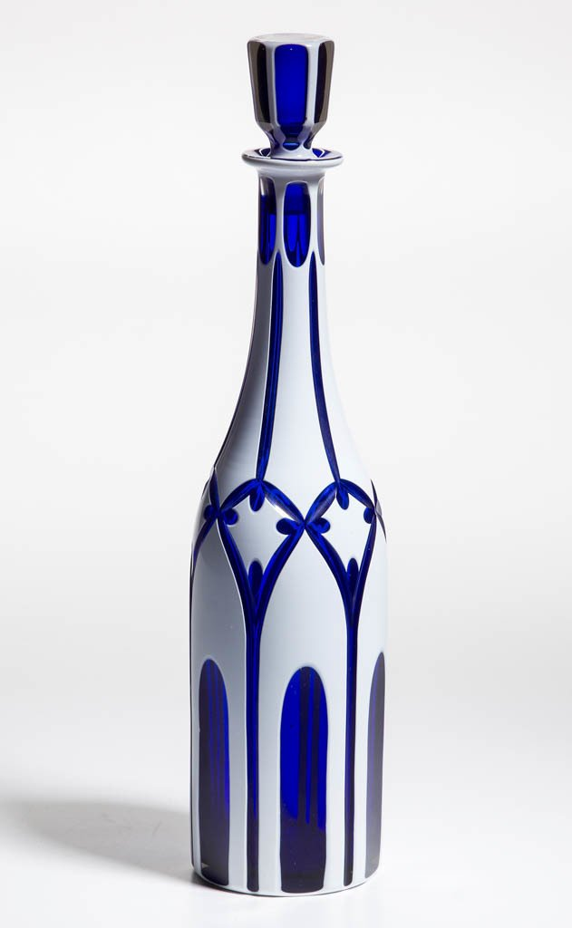 CUT DOUBLE OVERLAY DECANTER