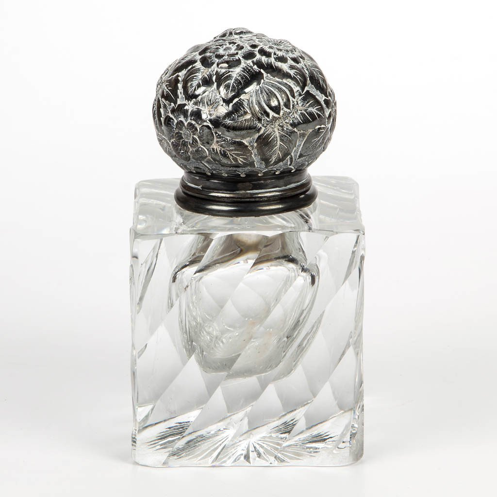 AMERICAN CUT GLASS AND SILVER MASTER INKWELL
