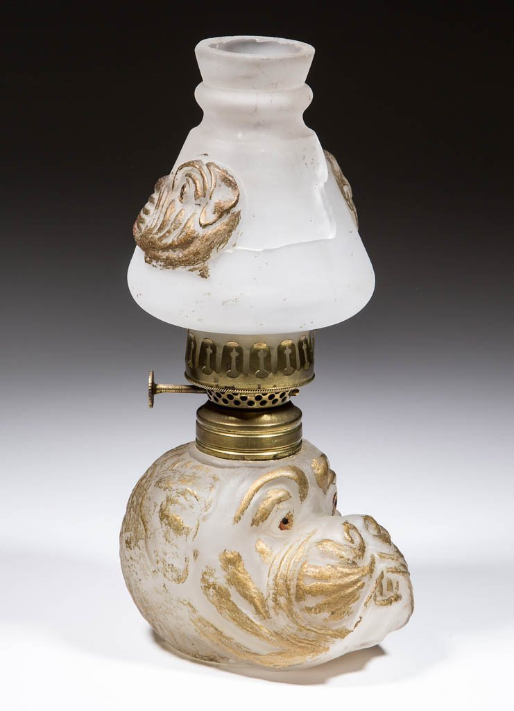 GLASS BULL-DOG HEAD FIGURAL MINIATURE LAMP