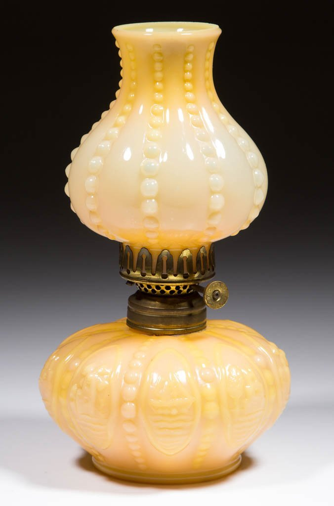 NEW MARTINSVILLE NO. 800 / BY-THE-SEA MINIATURE LAMP
