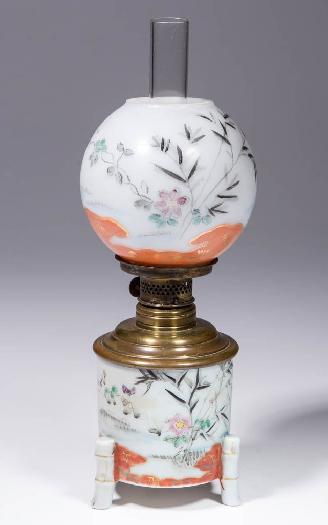 ORIENTAL DECORATED OPAQUE GLASS MINIATURE LAMP