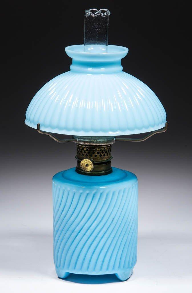 SWIRLED RIB MINIATURE LAMP