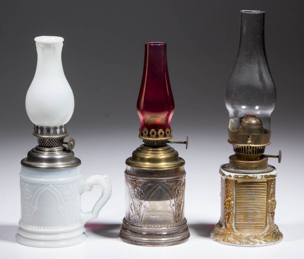 ASSORTED PATTERN MINIATURE LAMPS, LOT OF THREE