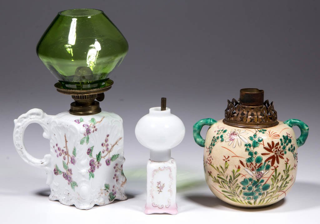 PORCELAIN FLORAL DECORATED MINIATURE LAMPS, LOT OF