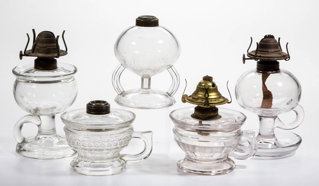 ASSORTED PATTERN KEROSENE FOOTED FINGER LAMPS, LOT OF