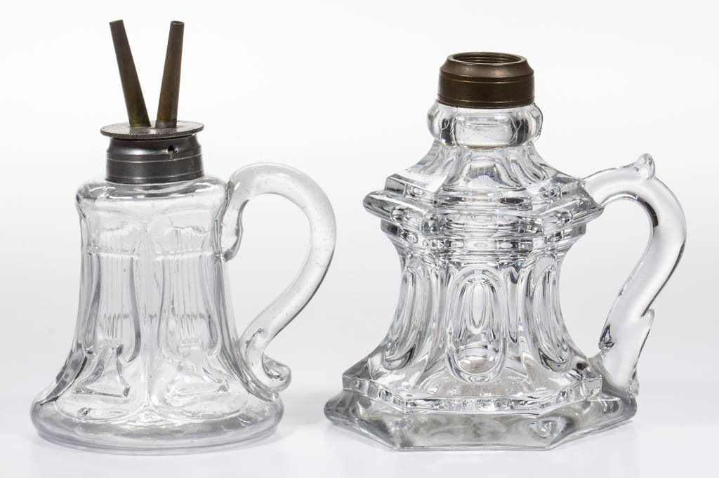 ASSORTED PATTERN FLUID HAND LAMPS, LOT OF TWO
