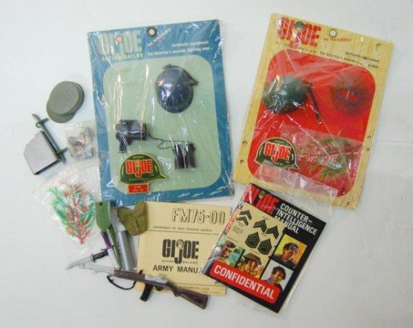17: 1960s GI Joe accessory packs-new in packs, manuals