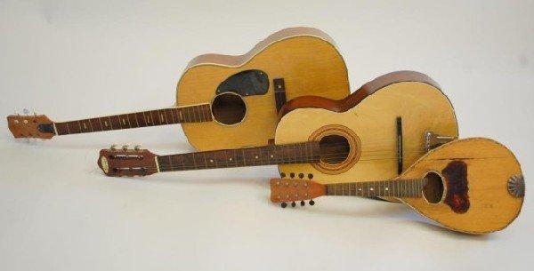 24: 3 String Instruments- 2 Guitar/1 Mandolin