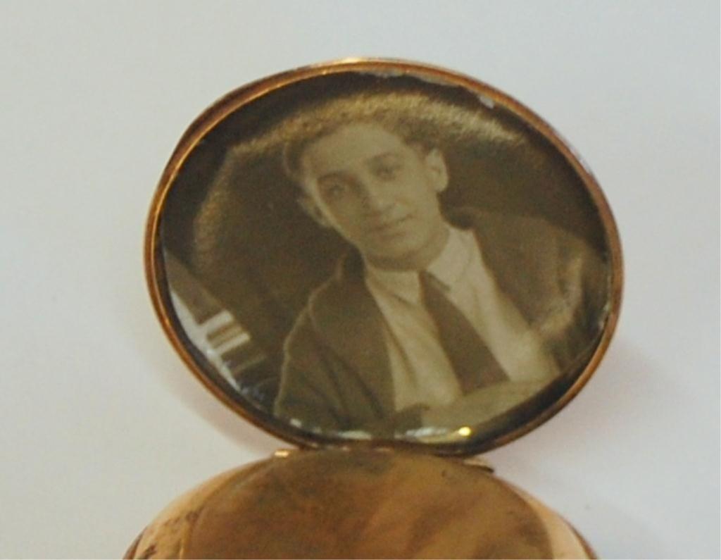 38: Cervine Pocket Watch 14K Gold Hunter Case - 10