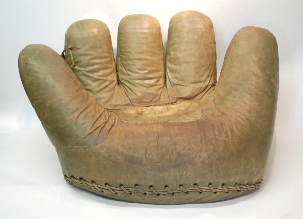 34: Leather Joe Chair   De Pas, DUrbino, Lomazzi