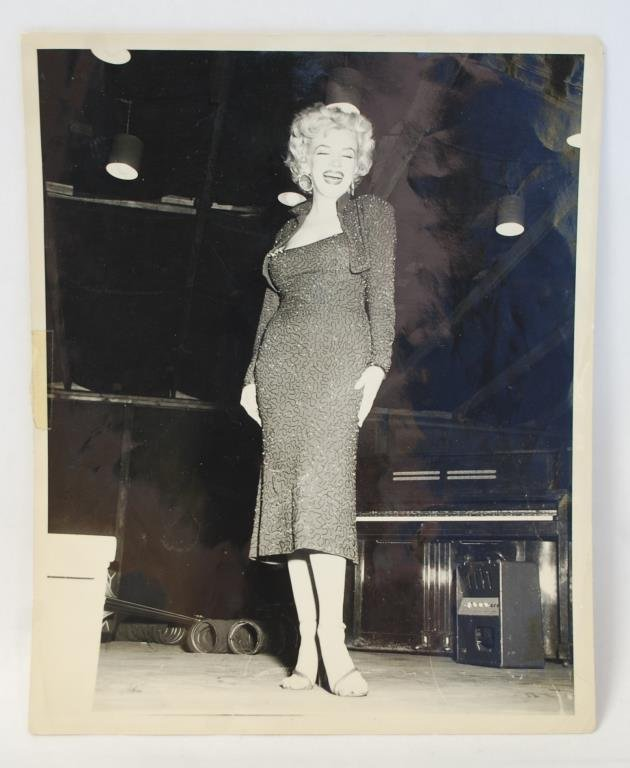 Marilyn Monroe 1954 Korea Photos