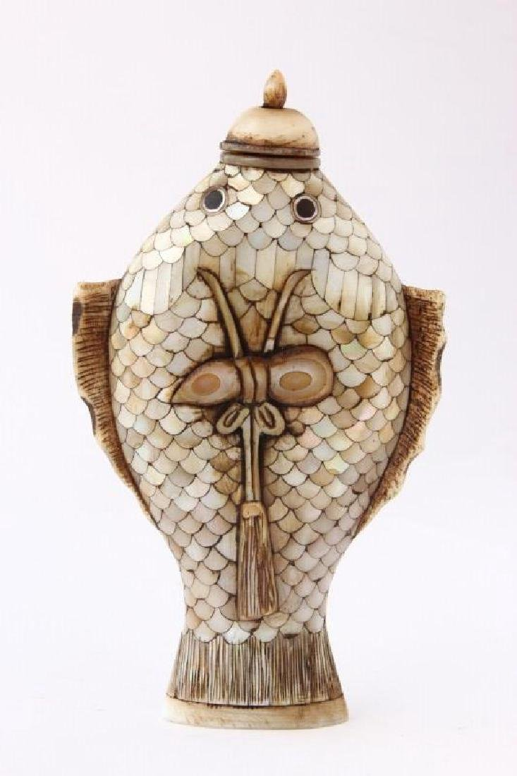 Chinese Mother of Pearl Snuff Bottle and Stopper,