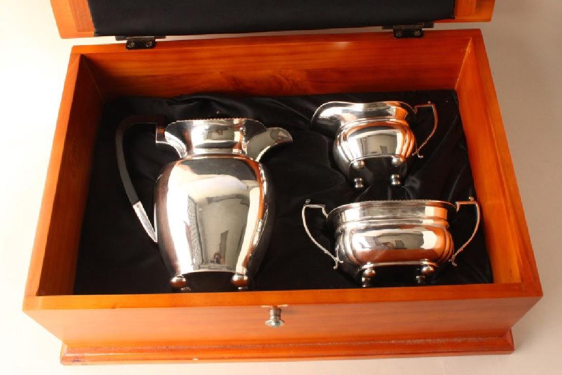 English Cased Sterling Silver Three Piece Coffee