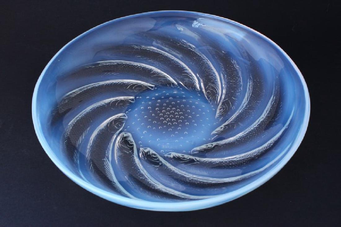"Good Rene Lalique ""Poissons"" Charger, c.1921"
