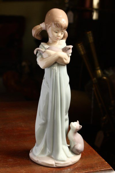 Lladro Figure of a Young Girl with Cats,