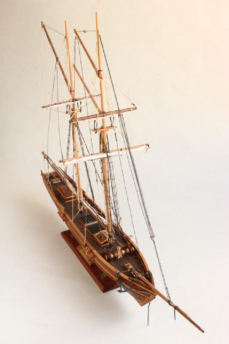 Excellent Wooden Model Schooner  'Emma', - 3