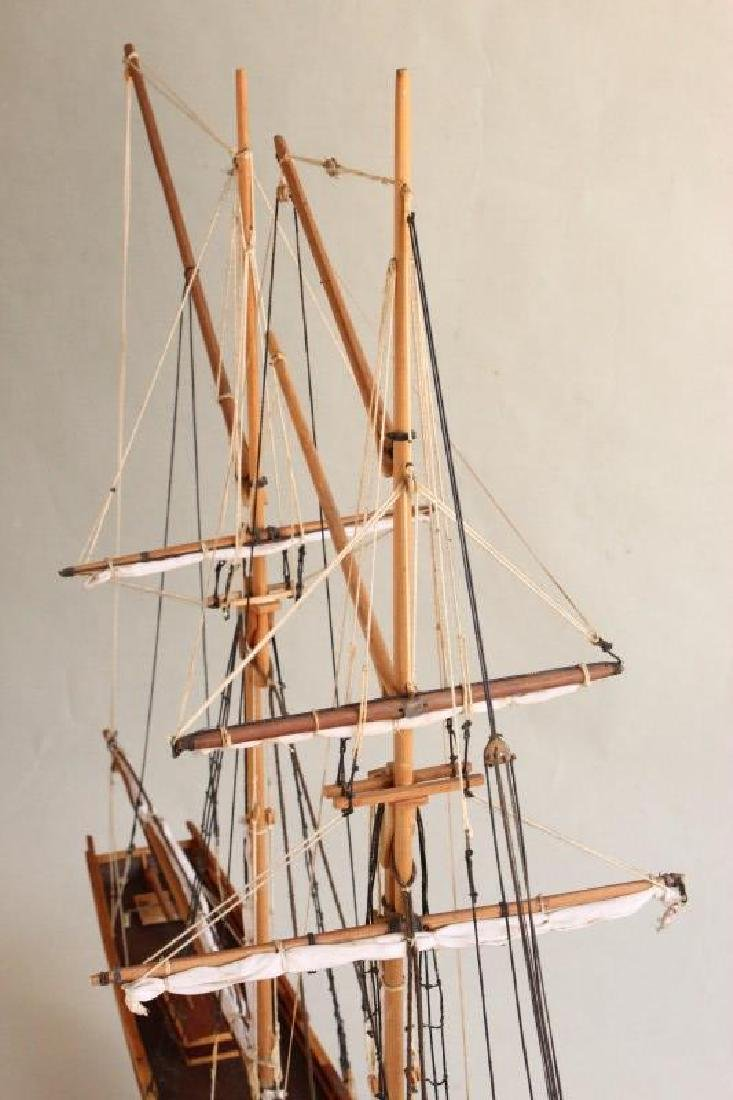 Excellent Wooden Model Schooner  'Emma', - 5
