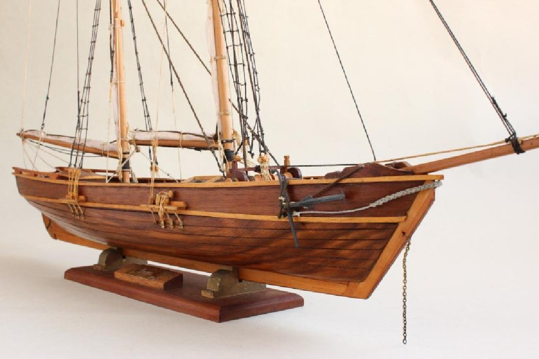 Excellent Wooden Model Schooner  'Emma', - 6