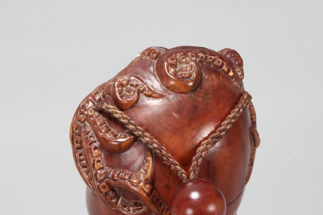 Japanese Carved Wooden Inro, - 4