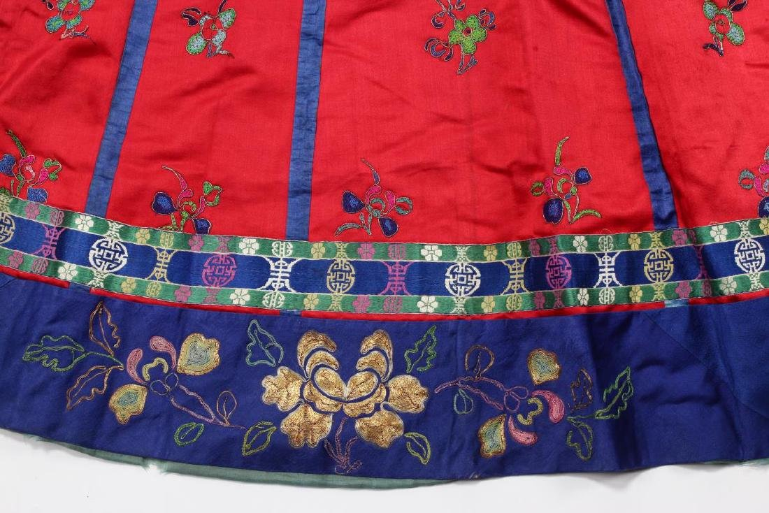 Chinese Late Qing/Early Republic Han Satin Skirt, - 4