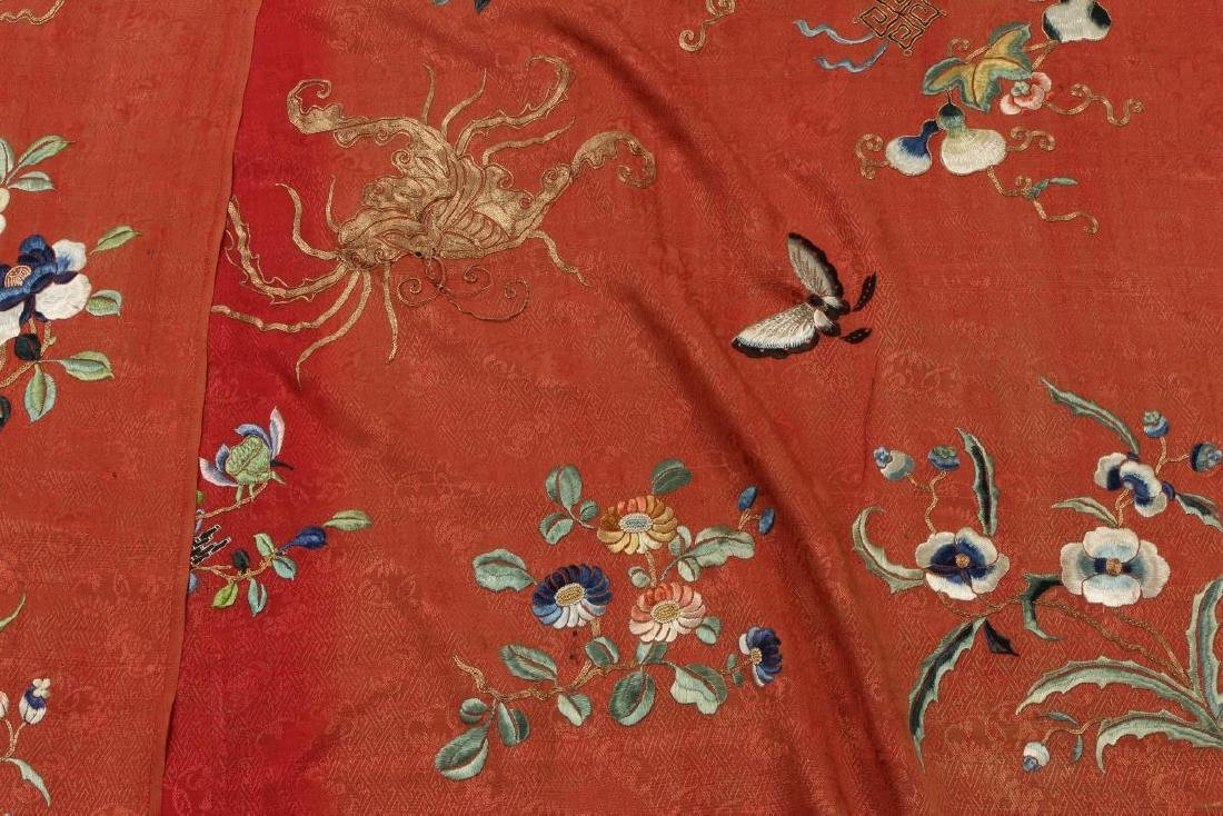 Stunning Chinese Silk, Cotton and Gold Thread - 6