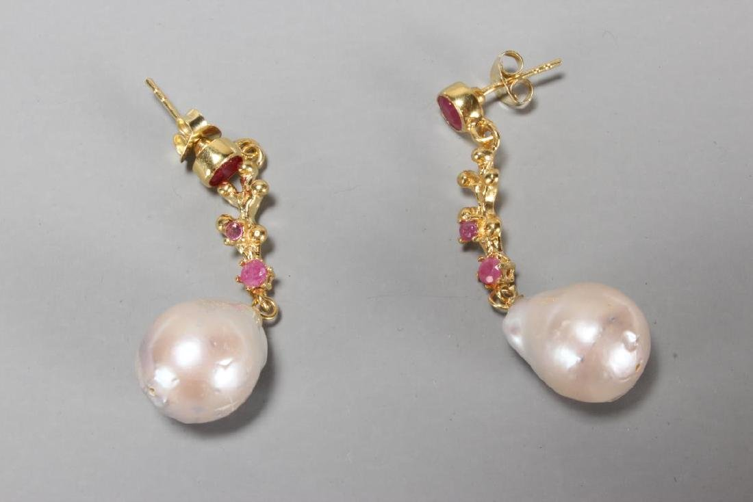 Ladies Baroque Pearl and Ruby Drop Earrings,