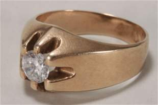 9ct Gold and Clear Stone Ring,